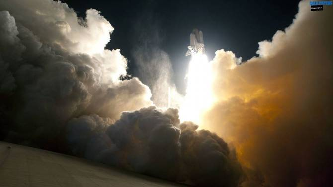 beautiful-space-shuttle-launch-wallpaper-1600x900